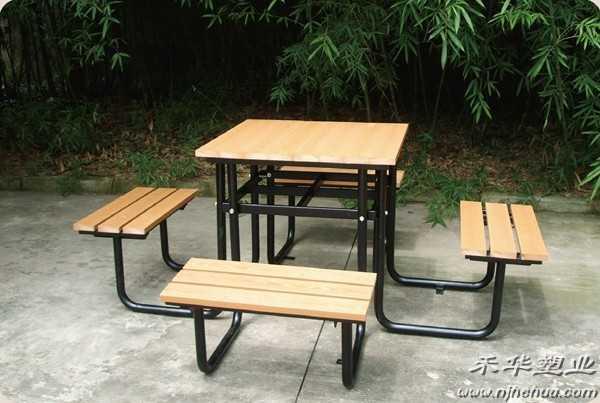 儿童简笔画公园桌椅